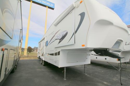 Bedroom : 2009-COACHMEN-278DS
