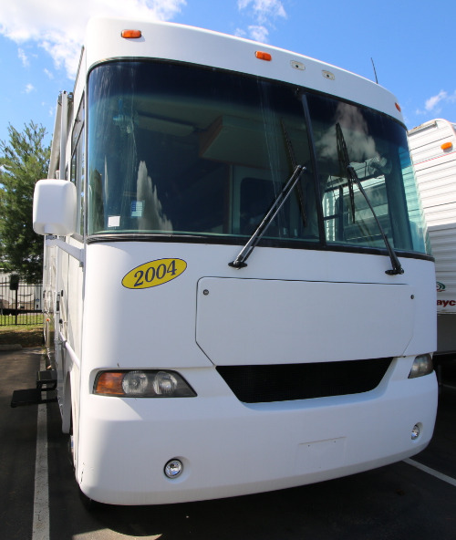 Cab : 2004-FOUR WINDS-33SLT