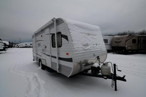 Used 2012 Jayco SWIFT 184BH Travel Trailer For Sale