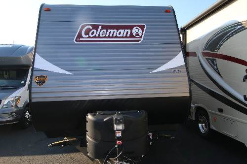Living Room : 2019-COLEMAN-250TQ