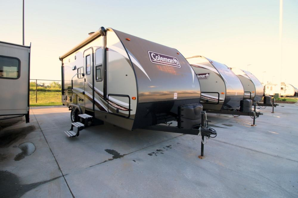 2017 Coleman Coleman Light 1805rb Camping World Of Omaha