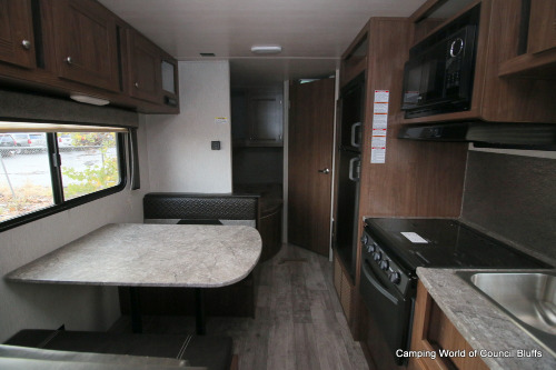 Camping World Council Bluffs >> Heartland Pioneer BH250 - Camping World Hkr - 1568499