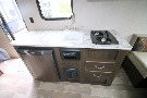 Kitchen : 2019-KEYSTONE-1750RD