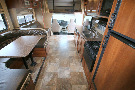 Kitchen : 2014-COACHMEN-319DS