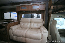 Living Room : 2015-COACHMEN-319DS