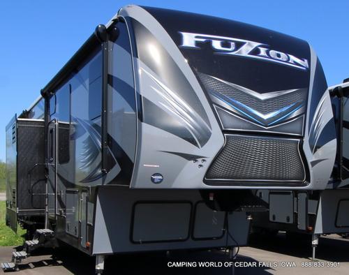 2017 Keystone Fuzion