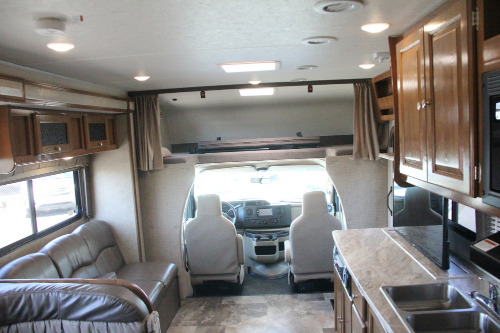 RV : 2019-COACHMEN-319MBF