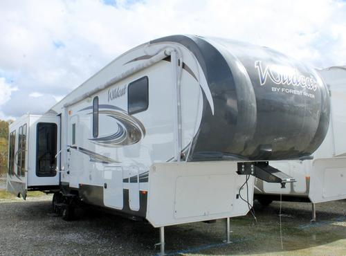 Used 2015 Forest River Wildcat 327CK Fifth Wheel For Sale