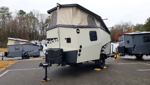 Exterior : 2019-TAXA OUTDOORS-TREK