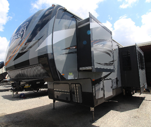RV : 2019-FOREST RIVER-422AMP