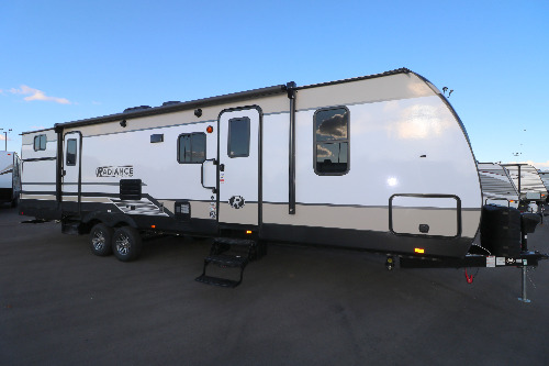 Exterior : 2019-CRUISER RV-30DS