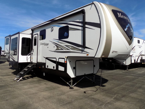 RV : 2020-HIGHLAND RIDGE-375RDS