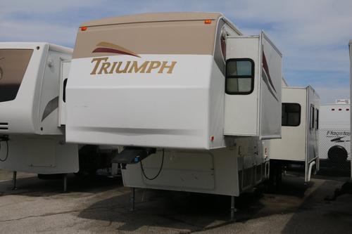 2004 Fleetwood Triumph