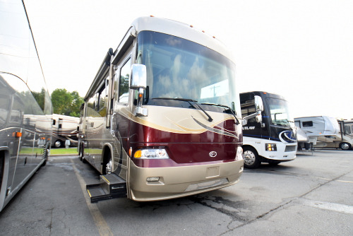 Cab : 2007-COUNTRY COACH-MCKENZIE BRIDGE 400 QUAD SLIDE