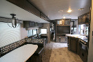 Kitchen : 2019-HEARTLAND-M32