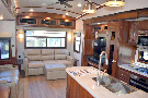 Living Room : 2019-JAYCO-36SSWS