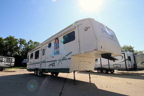 RV : 2001-CARRIAGE-736KS SE