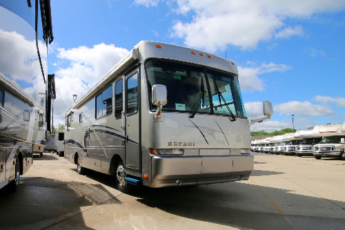 RV : 2002-SAFARI-3296 (330HP)