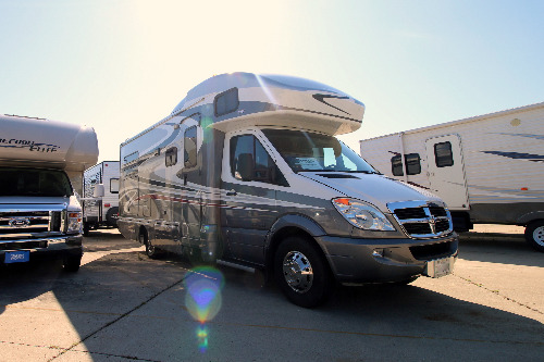 RV : 2008-WINNEBAGO-24J