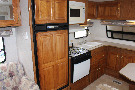 Kitchen : 1999-JAYCO-EAGLE 302FK