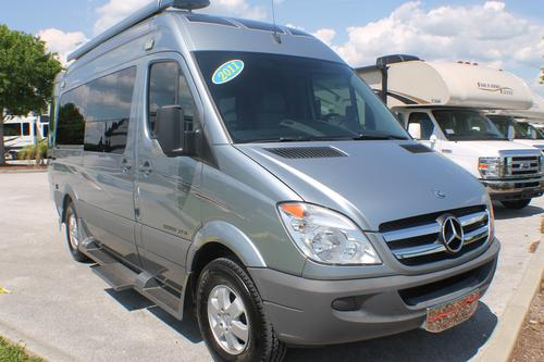 2011 Roadtrek Ideal