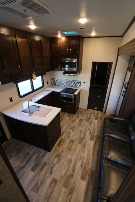Living Room : 2019-JAYCO-393T