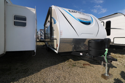 Kitchen : 2019-COACHMEN-192RBS