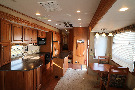 Kitchen : 2010-CARRIAGE-36FWS