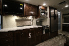 Kitchen : 2019-FOREST RIVER-3010DSF