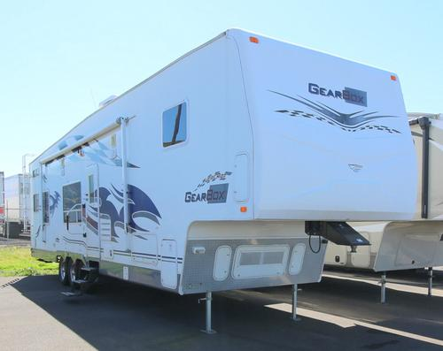 Used 2007 Fleetwood GearBox 37WQS Fifth Wheel Toyhauler For Sale