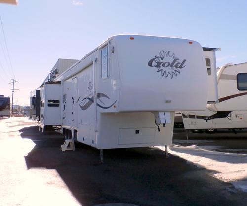 Used 2002 Alfa Gold 38RLTES 253 Fifth Wheel For Sale