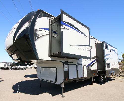 Keystone Avalanche RVs for Sale - Camping World RV Sales