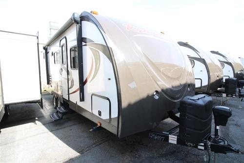 2016 Cruiser RVs RADIANCE