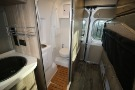 Bathroom : 2019-WINNEBAGO-59G