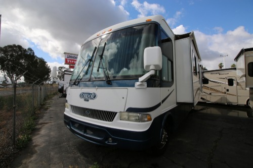 Exterior : 2004-R-VISION-1351 (WORKHORSE)
