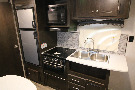 Kitchen : 2019-HEARTLAND-18LX