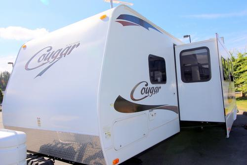 Used 2011 Keystone Cougar 31SQB Travel Trailer For Sale