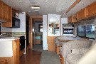 Living Room : 2002-WINNEBAGO-32V