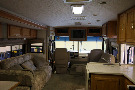 Living Room : 2005-WINNEBAGO-33V