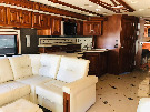 Kitchen : 2014-WINNEBAGO-42QD