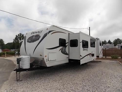Used 2011 Dutchmen Denali 312BH Travel Trailer For Sale