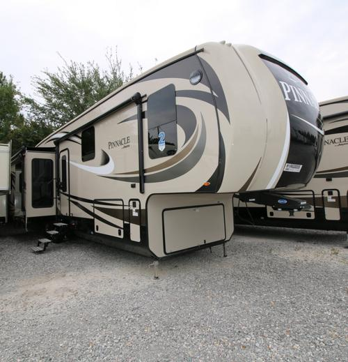 2017 Jayco Pinnacle