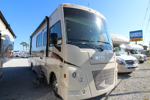 Cab : 2019-WINNEBAGO-29VE