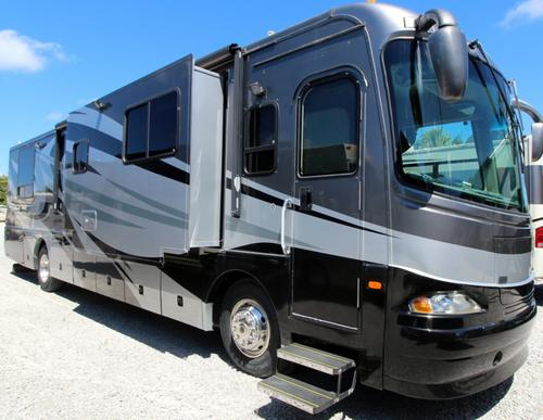 Exterior : 2005-COACHMEN-402 TS-350HP