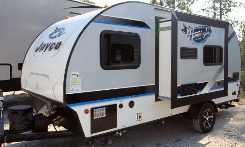 Exterior : 2017-JAYCO-17RB