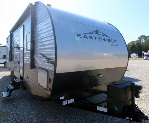 Exterior : 2020-EAST TO WEST-28KBS