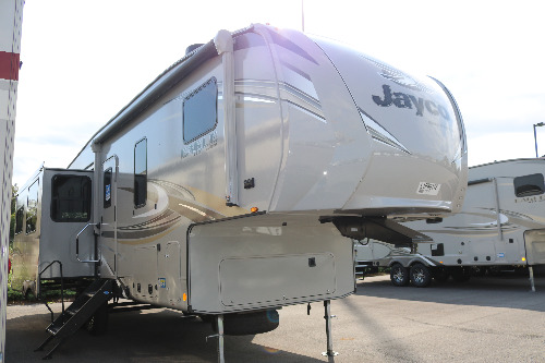 Living Room : 2020-JAYCO-30.5CKTS