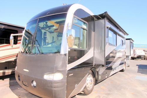 Used 2004 Fleetwood REV 40C Class A - Diesel For Sale