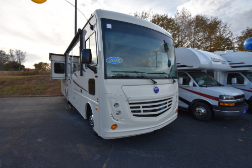 RV : 2019-HOLIDAY RAMBLER-32S