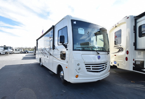 RV : 2019-HOLIDAY RAMBLER-29M